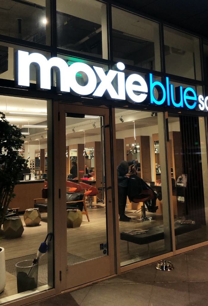 My First HydraFacial Experience (Ever!) at Moxie Blue Salon | Organized Mess