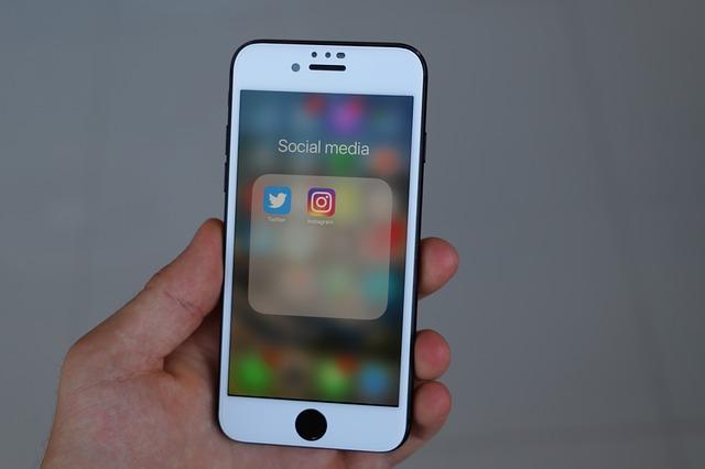 Menonaktifkan status online instagram