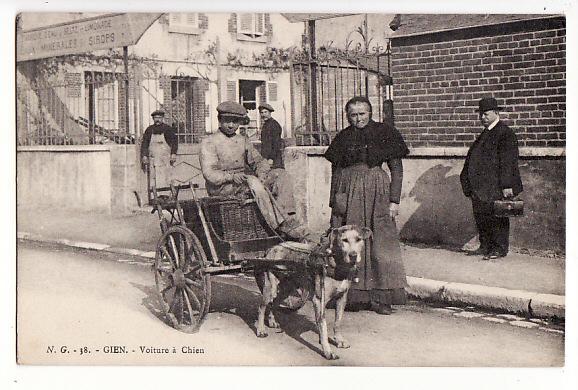 Cartes Postales Anciennes Frédéric Leloup LORIENT: Gien - Voiture à chien