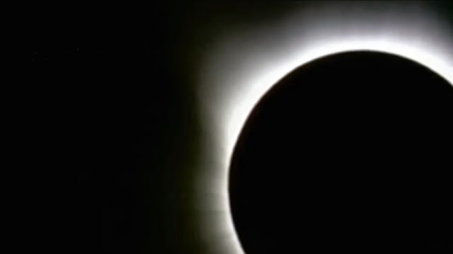 ver vídeo eclipse solar marzo 2016, Indonesia