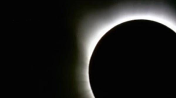 vídeo eclipse solar marzo 2016, Indonesia