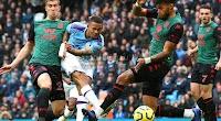 مانشستر سيتي يواصل الضغط على ليفربول بالفوز على أستون فيلا بثلاث اهداف في الدوري الانجليزي