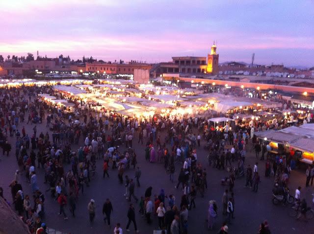 Djemaa el Fna, Gauklermarkt