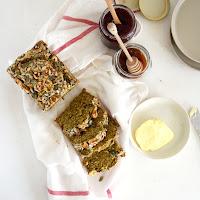 Pão de quinoa e chia