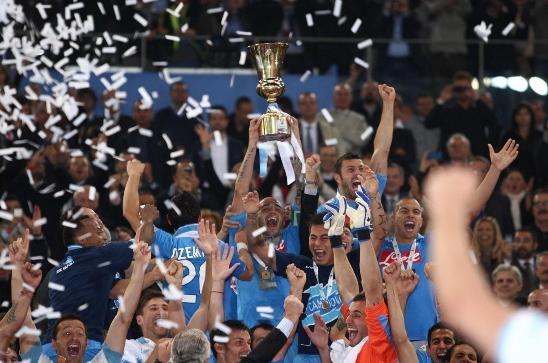 Наполи - лучший клуб Италии за последний год