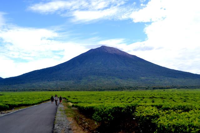 Gunung Berapi Paling Berbahaya Di Indonesia Salah Satunya Gunung Kerinci