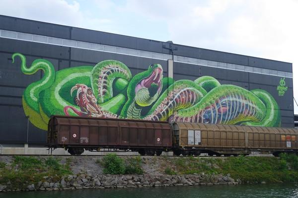 autriche linz hafen street art port