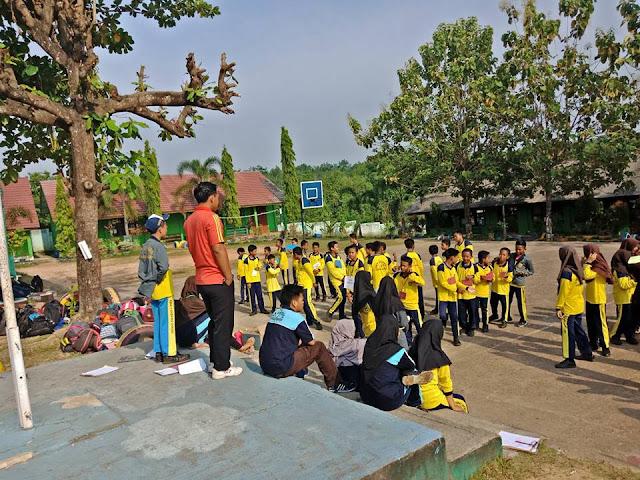 gambar kegiatan Ekstrakurikuler Di Sekolah