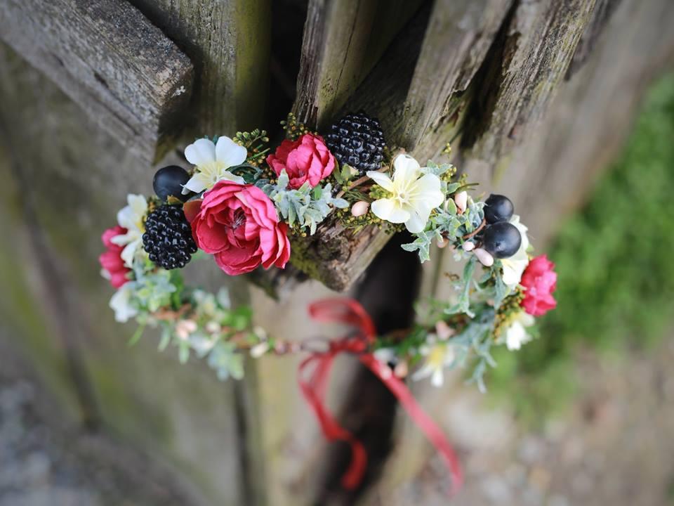 kvetiny do vlasu