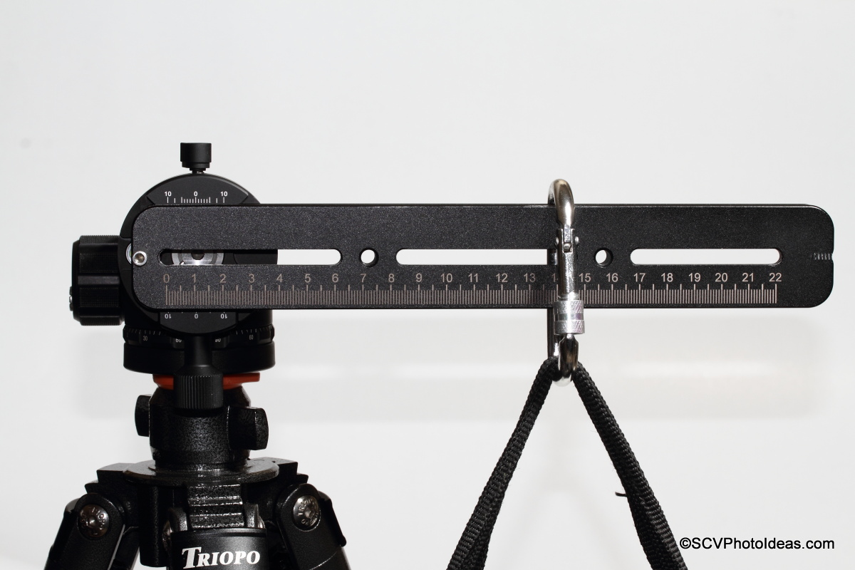 Sunwayfoto DDH-03i /2014 PC w/ rail + sandbag - closeup