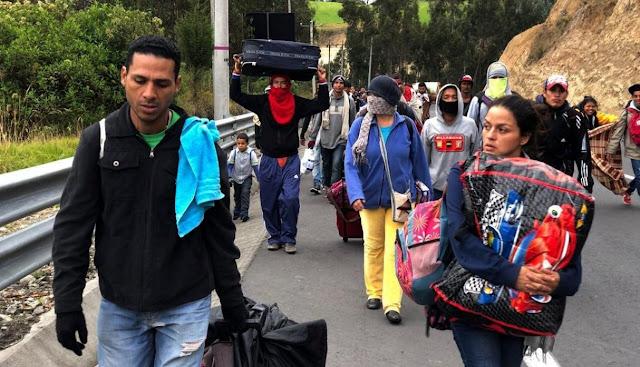 ONG  en Perú recolectan insumos para ayuda humanitaria en Venezuela.