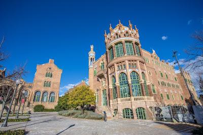 Recinte Modernista de Sant Pau Barcelona by Laurence Norah