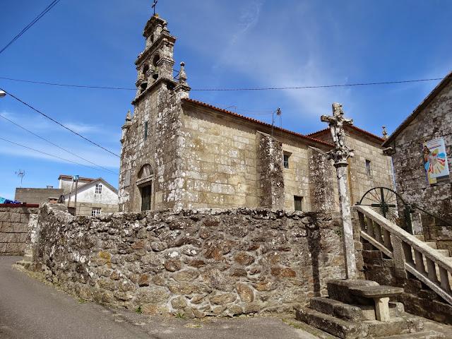 Iglesia de San Miguel de Lores en Meaño