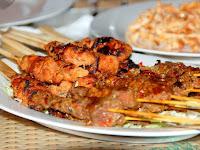Benarkah Makanan Aneh dan Unik ini Cuma Ada di Bogor?
