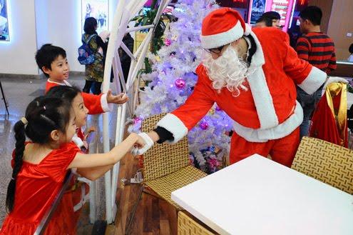 Dịch vụ Ông Già Noel tặng quà giáng sinh uy tín tại Hải Phòng