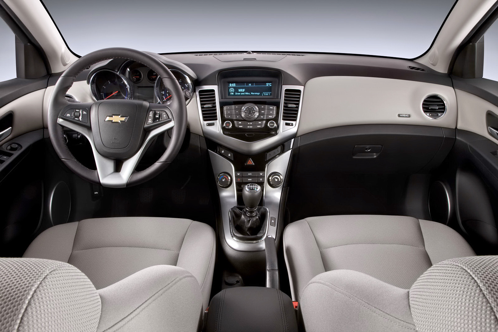 Cruze chevy cruze 2014 interior : 2011 Chevrolet Cruze | car to ride