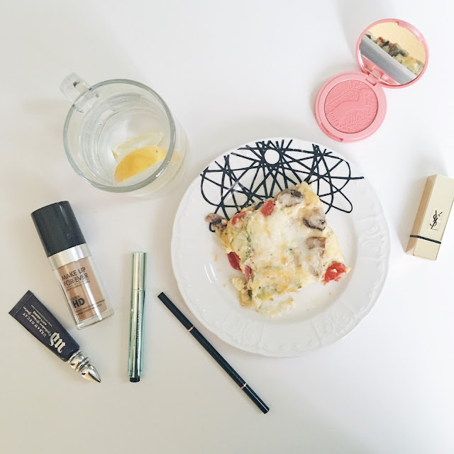 Monday Glow: Get up and glow eggs