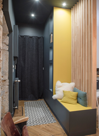 Texture e carattere in un appartamento a Lione