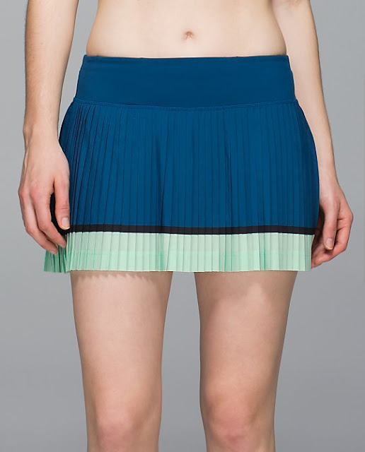 lululemon-pleat-to-street-skirt poseidon