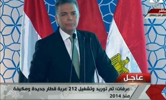 وزير النقل لـلرئيس السيسي : هنضطر نرفع أسعار تذاكر قطارات السكة الحديد لضمان استمرار عملها