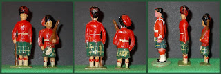 Child Soldier; Doll's House Accessories; Early British Toy Soldiers; Early Plastic Toy Soldiers; Ex Hollow Cast; Gordon Highlanders; Highland Toy Figure; Highland Toy Figures; Highlanders; Polystyrene Figures; Scots Highlanders; Scots Soldier; Scots Soldiers; Scots Troops; Scottish Highlanders; Scottish Infantry; Small Scale World; smallscaleworld.blogspot.com; Toy Toy Soldier; Unknown Toy Figures; Unknown Toy Soldiers;