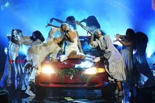 Selena-Gomez-Performing-at-2017-American-Music-Awards-4+%7E+SexyCelebs.in+Exclusive.jpg