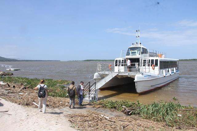 Catamarã anuncia agenda de viagens para o primeiro semestre e saídas especiais para  grupos de, no mínimo, 30 pessoas