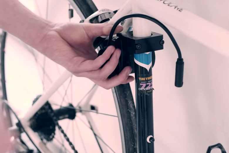 Convierta su bicicleta a eléctrica con el kit Revos