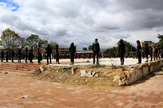 Escuela de Artes de luto simbólico