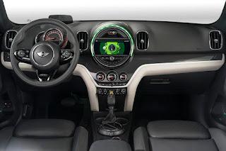 Mini Cooper S E Countryman ALL4 (2017) Dashboard