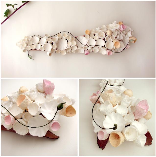 matrimonio green a tema botanico organico:  centrotavola con fiori di carta