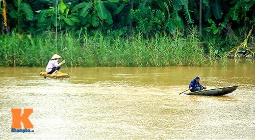 Làng đu cáp treo qua sông ở Thủ đô
