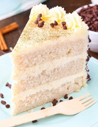 CANNOLI LAYER CAKE #cake #recipe