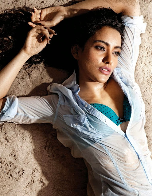 Neha-Sharma-Wet-Shirt