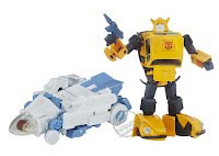 San Diego Comic-Con 2016 Toys R Us Exclusive TRANSFORMERS Masterpiece Bumblebee transforming action figure pack from Hasbro