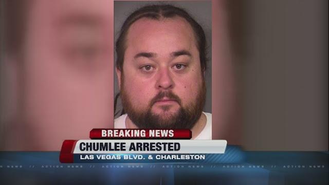 Arrestan a Chumlee del precio de la historia; por posesión de armas, asalto sexual y drogas