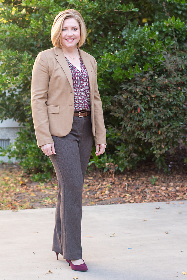 camel blazer outfit, fall color combo, burgundy and brown