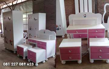 Set Furniture Kamar Set Kamar Anak Hello Kitty