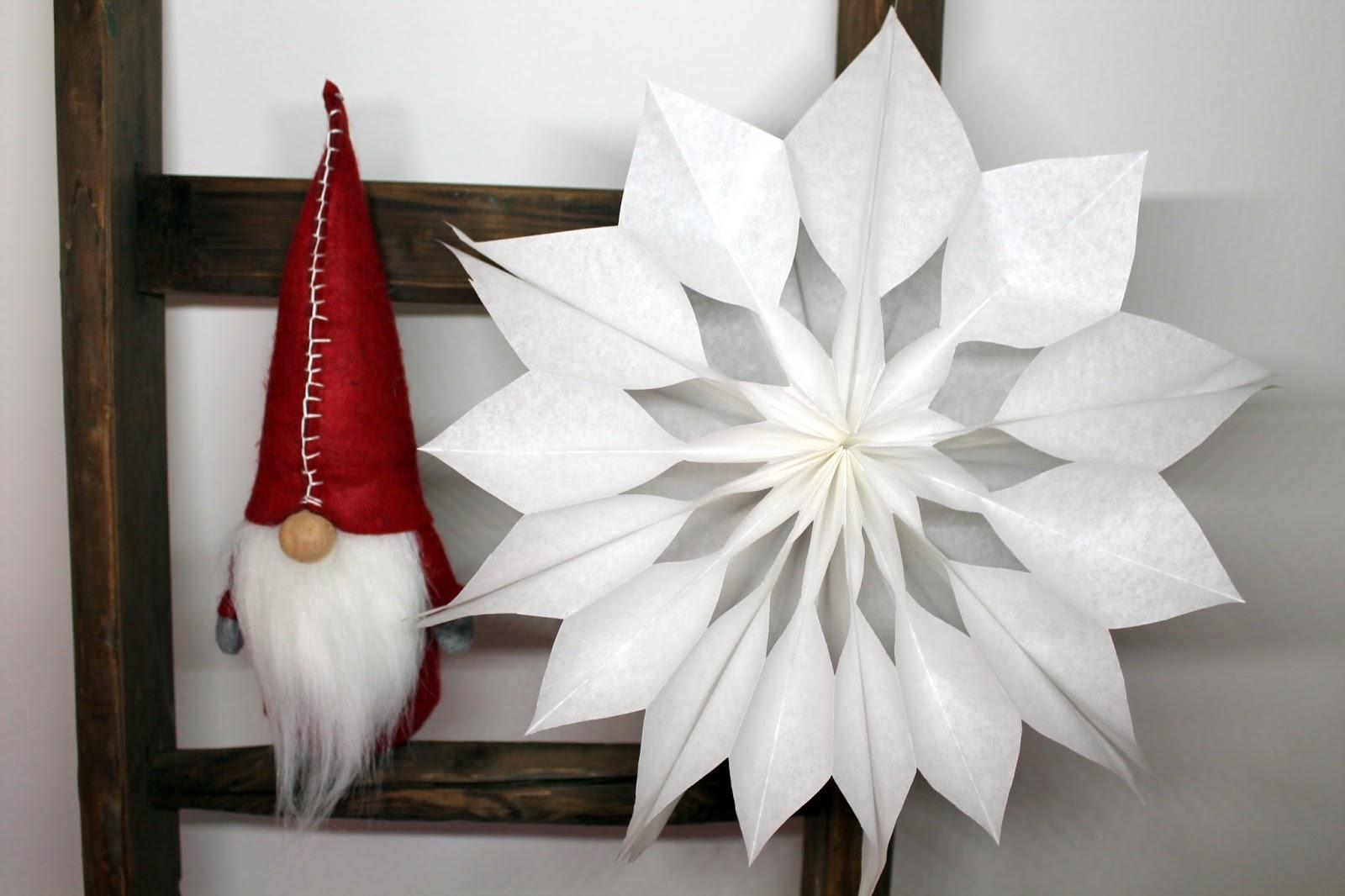 DIY, Basteln: Weihnachtssterne aus Brottüten, Mitbringsel, Weihnachtsgeschenk und Geschenkideen - DIYCarinchen