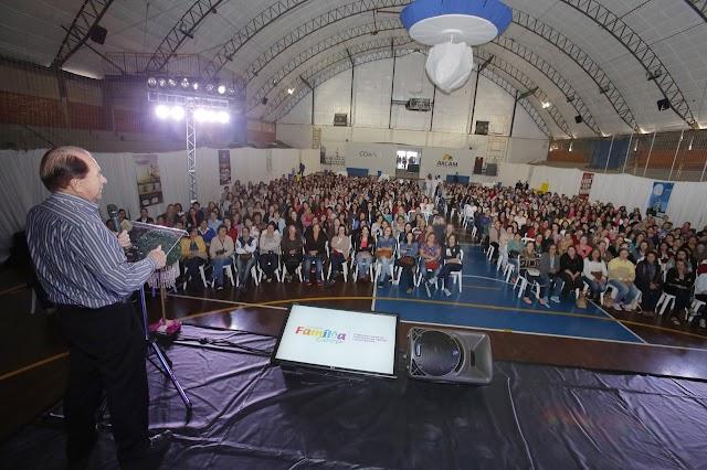 Coamo reúne 1.100 mulheres em evento