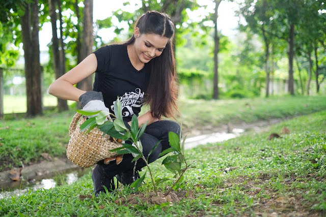 Miss Earth Thailand 2017-Miss Earth 2017-Miss Earth-Tree Planting-Miss Thailand 2017-edgarboyetdiaries-earth hour