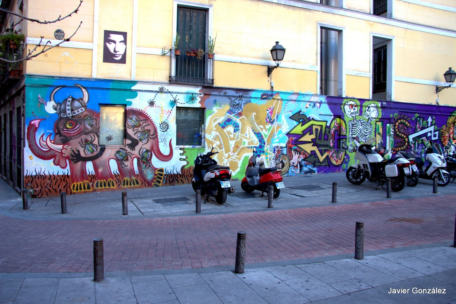 Graffiti Mural. Malasaña