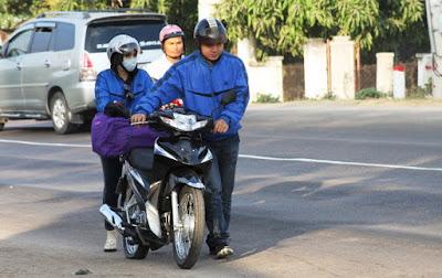 Kinh nghiệm Cho Thuê Xe Máy Tại Đà Nẵng Gian-nan-ve-que%25C2%25A0bang-xe-may-2