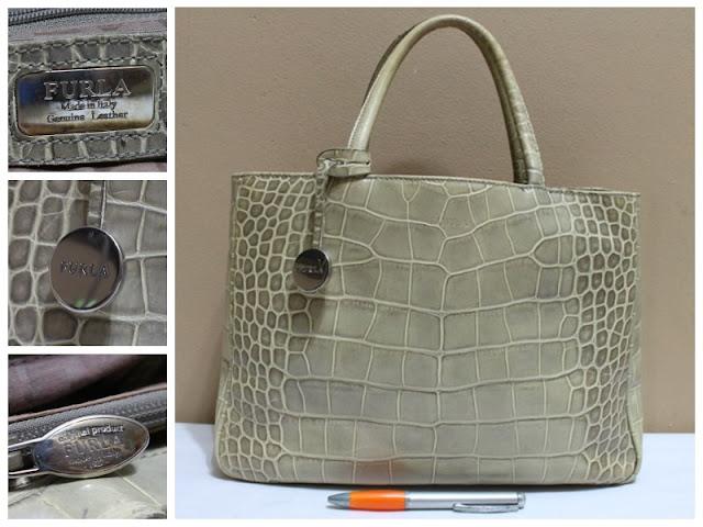 Jual tas tas second bekas branded original murah dari Singapore Original  Authentic dengan harga yang kompetitif. 532a8e7a16