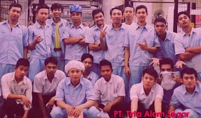 Lowongan Kerja PT Tirta Alam Segar Min. SMA,SMK,D3,S1 Jobs : Operator Produksi, Operator QC, Supervisor Warehouse Sparepart, Purchasing Staff, Staff QC (Quality Control), Staff Production.