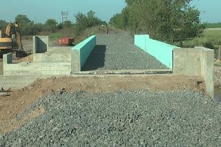 Finalizó la colocación de puente ferroviario sobre Cañada del Tío Antonio