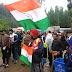 Amarnath pilgrims unfurl Indian flag in Pahalgam