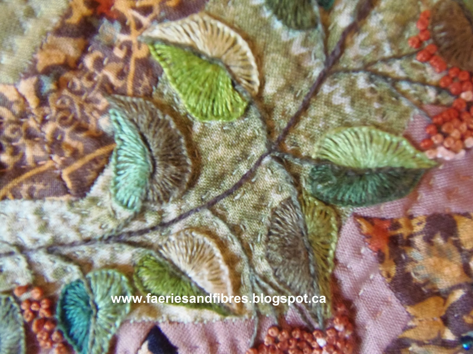 Faeries and Fibres: Tutorial: embroidering leaf and berry details on