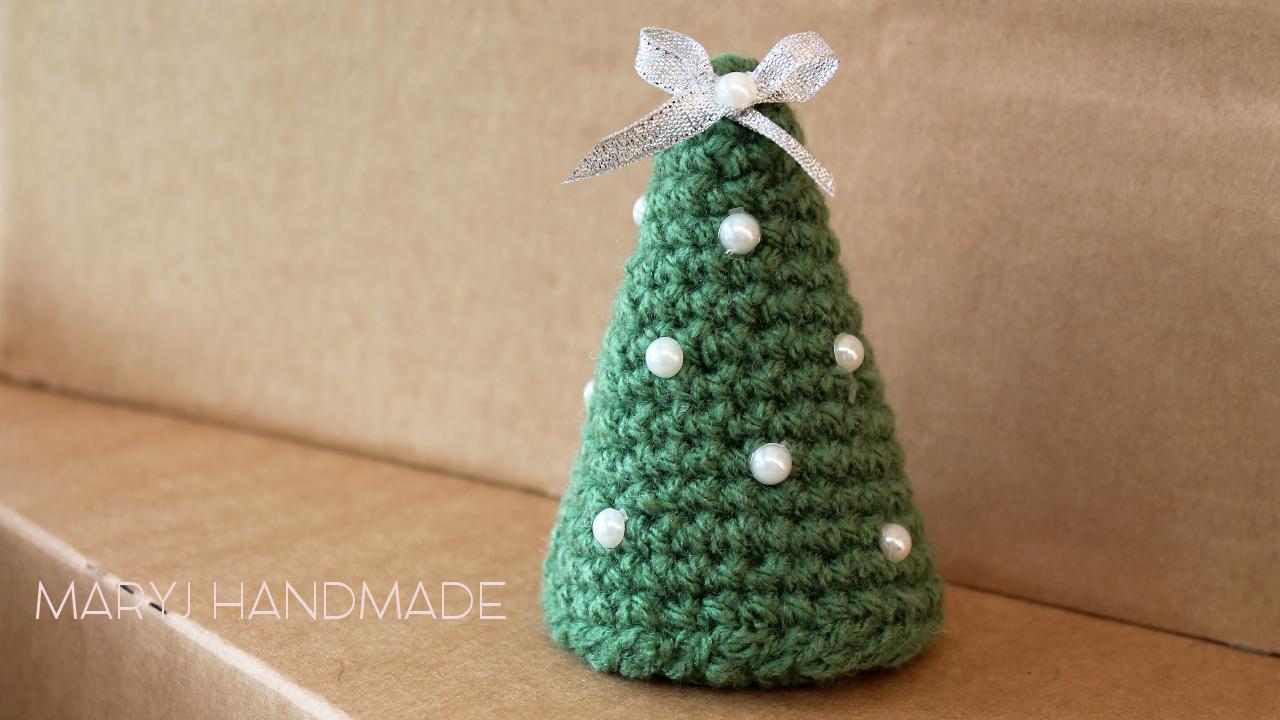 Albero Di Natale Uncinetto.Maryj Handmade Albero Di Natale All Uncinetto Semplicissimo