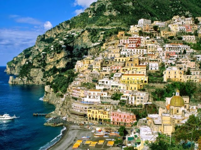 3. The Amalfi Coast, Italy. - Summer Is For Relaxing.... These 10 Beaches Will Cut Off Your Breath!